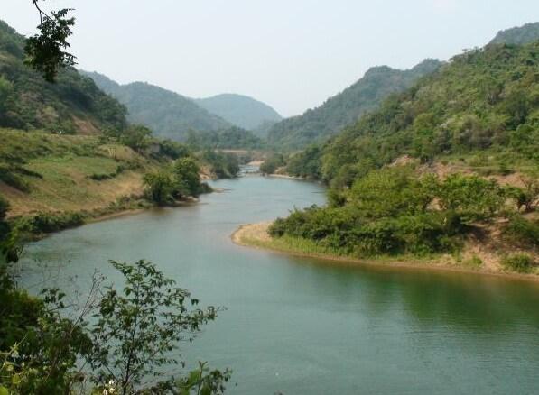 Ngoc Son nature reserve trekking