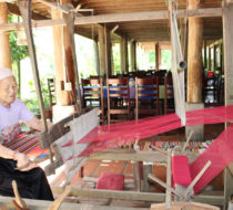 Tribal heartland textile tours Mai Chau 2 days