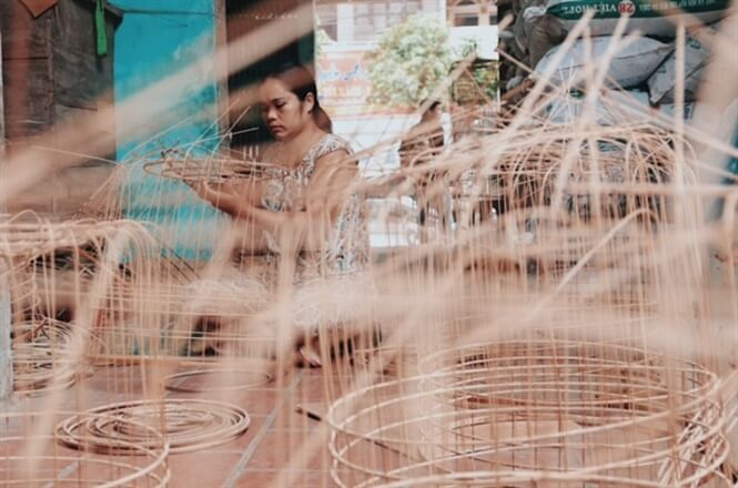 Vac village bird cage making