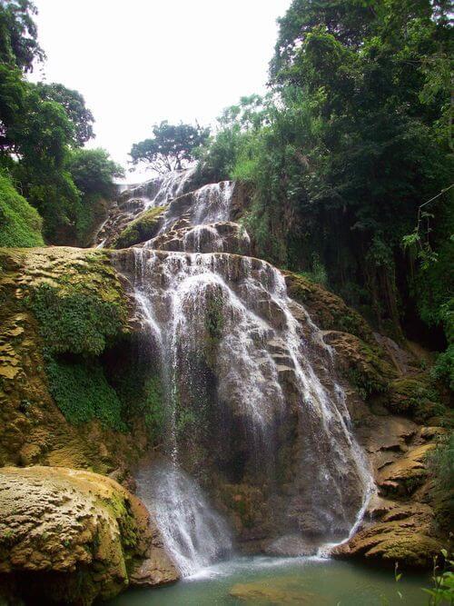 Ngoc Son Ngo Luong waterfall