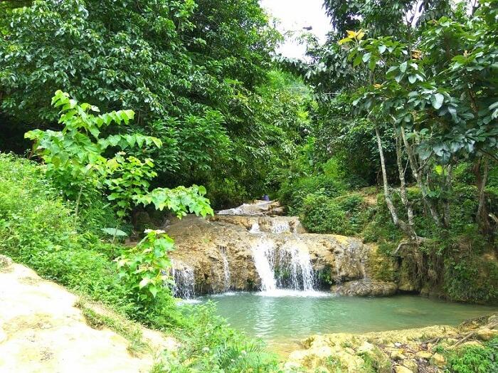 Hieu village waterfall