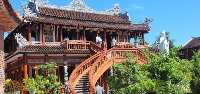 Hue buddist temple