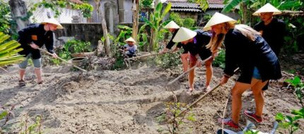 Live like the Locals in one day tour at Thanh Toan village