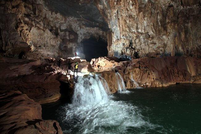 Tu Lan cave day tour