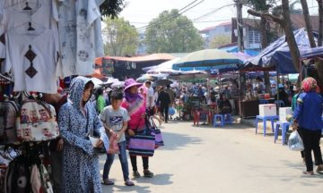 Bac ha market tour from Sapa