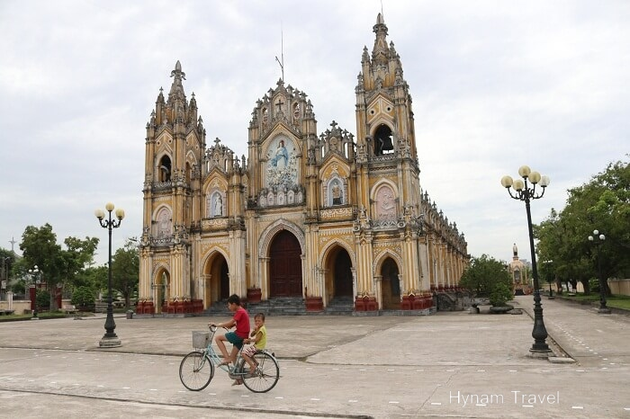 Pham Phao Cathedral