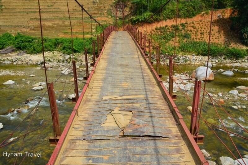 Suspension birdge in Ban Ho