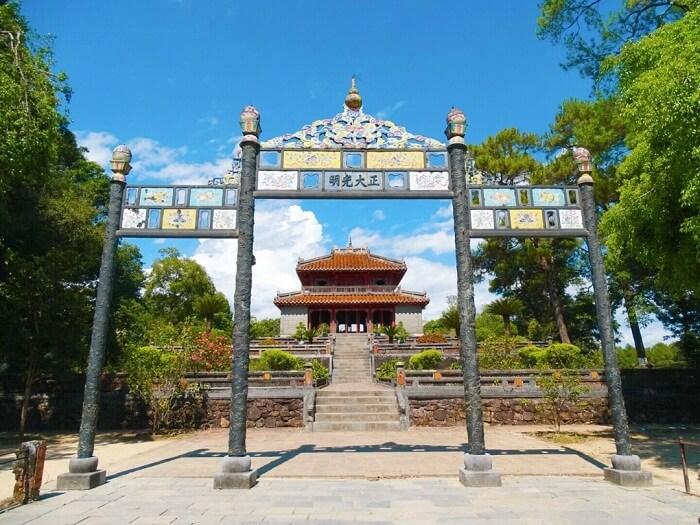 King Ming Mang tomb
