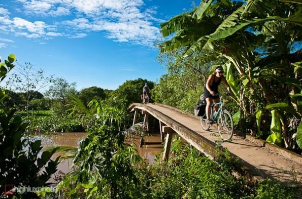 Hoa Loc biking