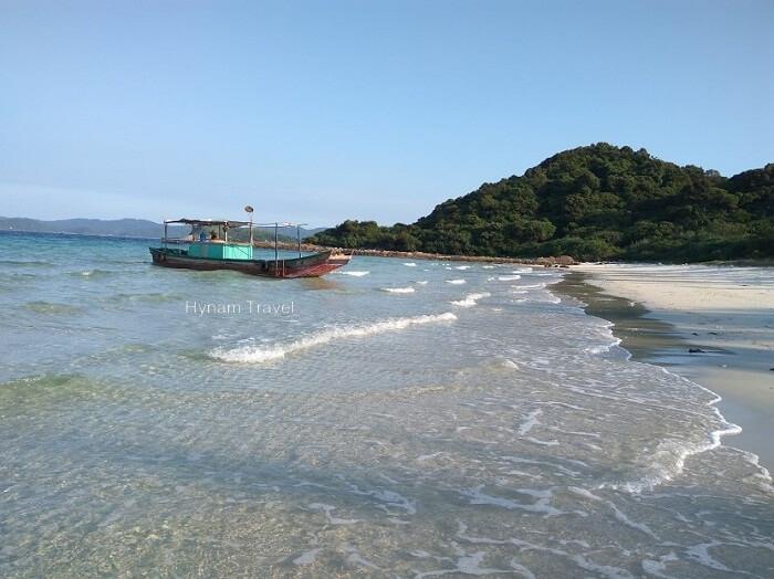 Little Coto island