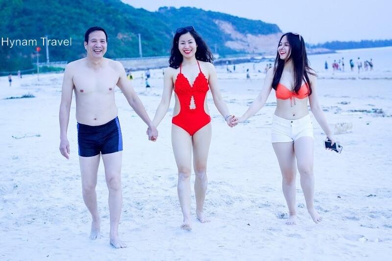 Things to do in Minh Chau beach